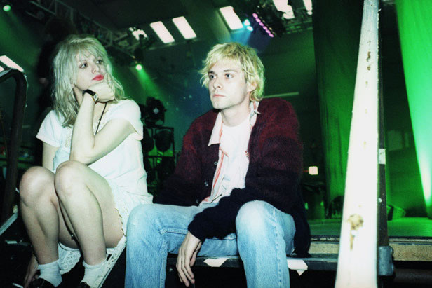 Kurt cobain backstage with his wife courtney love singer with the